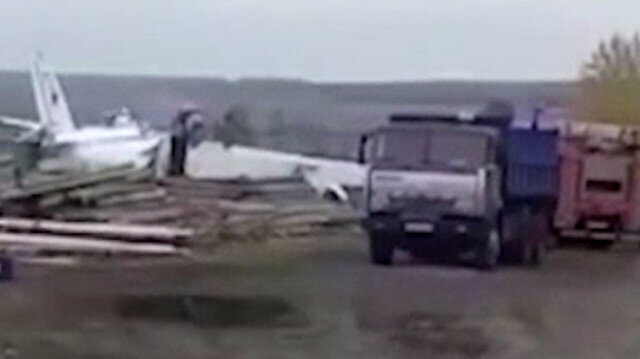Rusya'da uçak düştü: 16 ölü