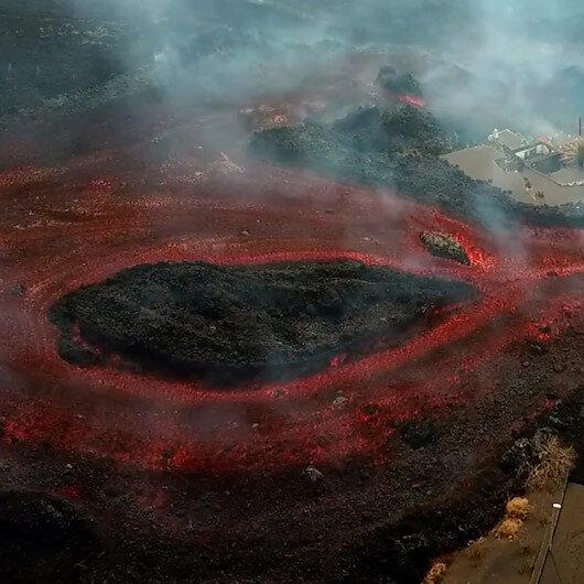 La Palmadaki yanardağdan akan lavlar havadan görüntülendi