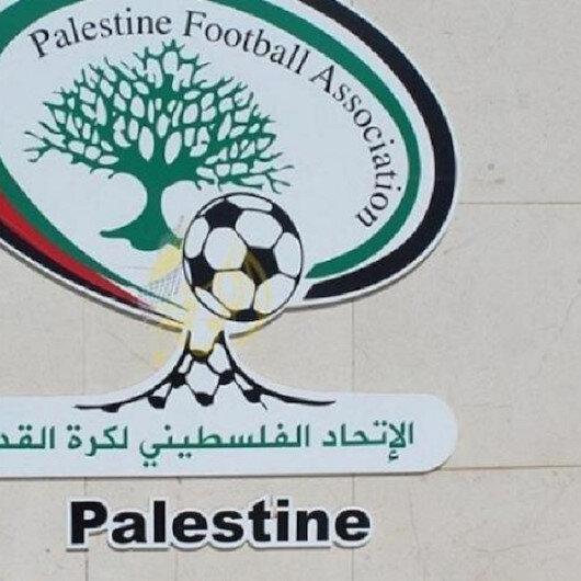 """اتحاد """"القدم"""" الفلسطيني يعتذر عن استقبال رئيس """"الفيفا"""""""