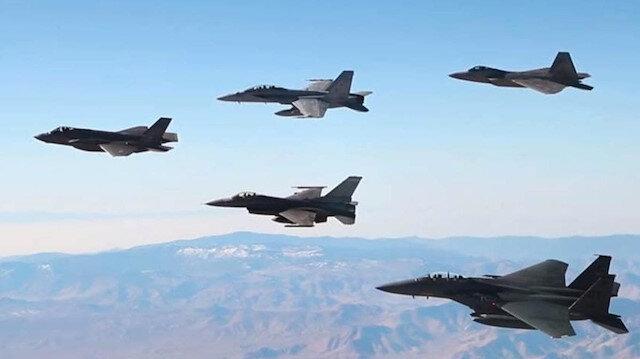 ABD 15 adet F-15 savaş uçağını tatbikat adı altında Yunanistan'a sevk etti