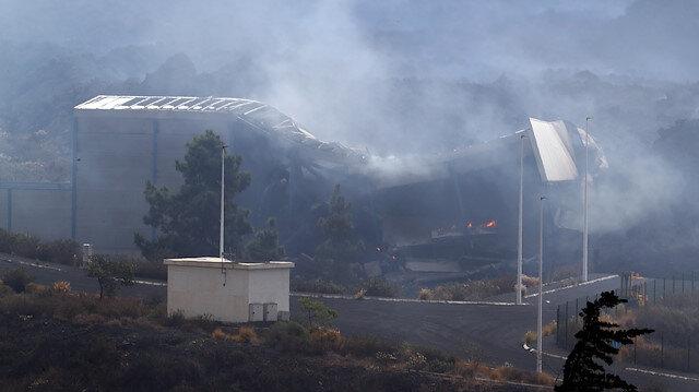 İspanya'da La Palma'da yanardağdan akan lav çimento fabrikasını yaktı