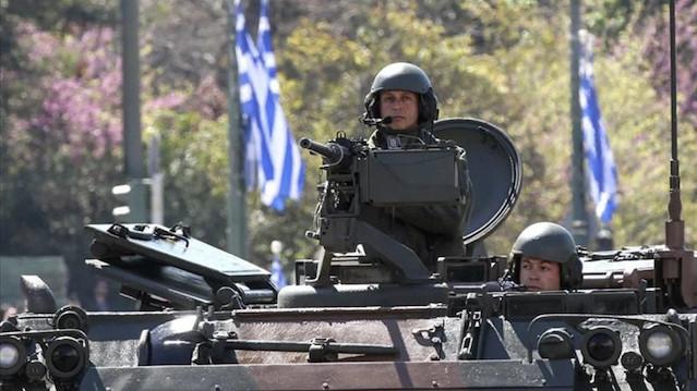 Fransa'ya kucak açtı: Yunanistan Afrika'ya asker gönderme ihtimalini tartışıyor