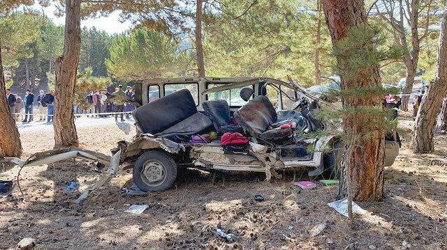 Öğrenci servisi devrildi: Feci kazada 5 öğrenci hayatını kaybetti