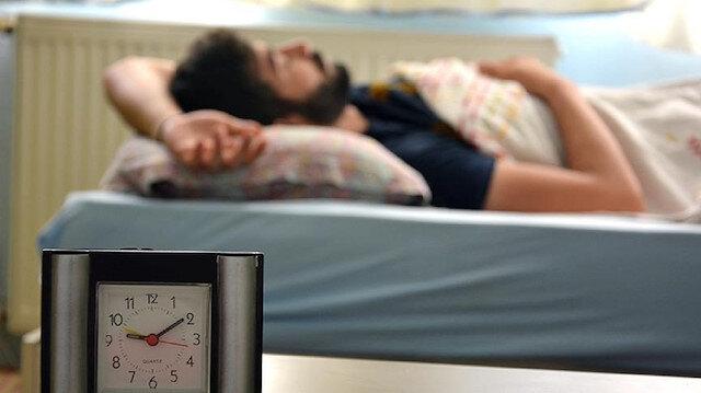 Sağlıklı uyku Kovid-19 aşısı sonrası antikor oluşumunu doğrudan etkiliyor