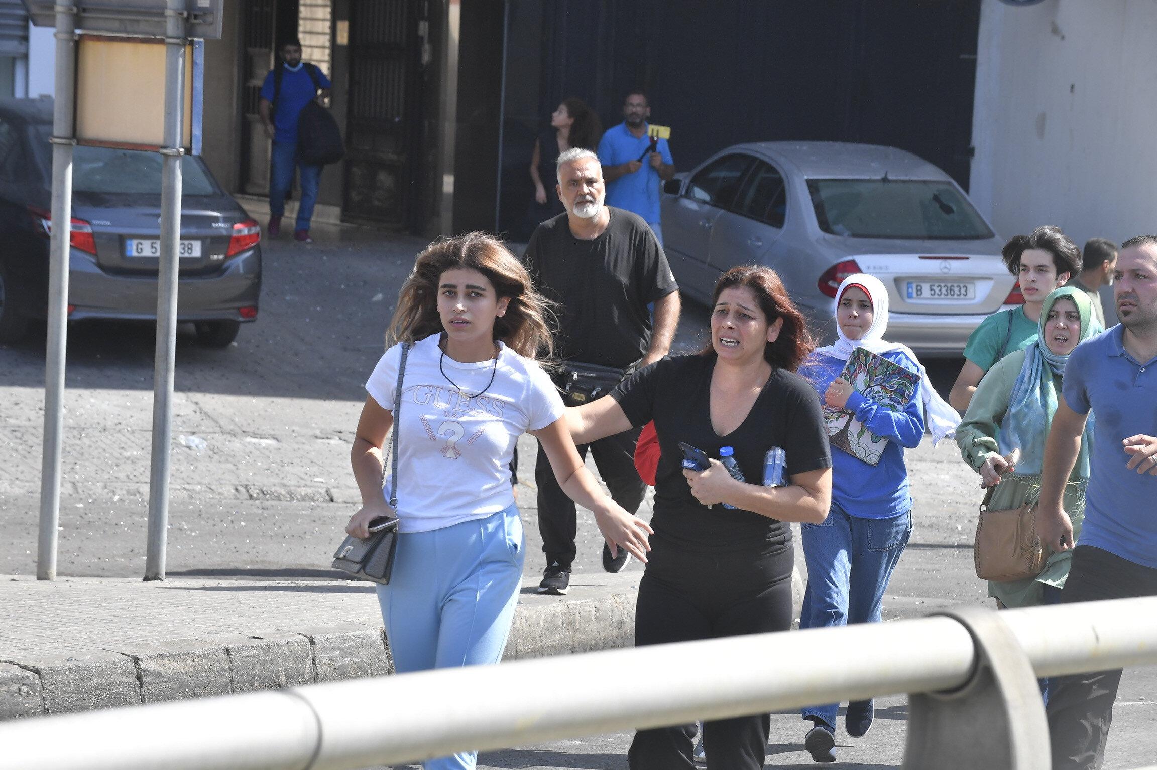 Roket ve uzun namlulu silahların kullanıldığı olay, Beyrut'ta gerginlik ve büyük korkuya yol açtı.