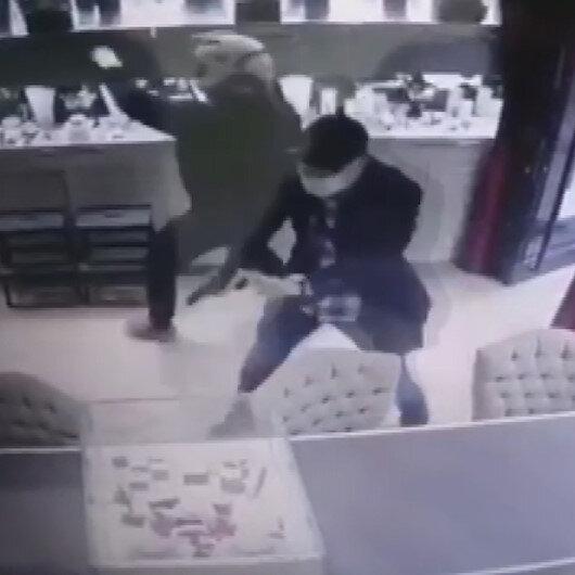 Nişantaşında kuyumcu soygunu: 1 milyon liralık ziynet eşyası çaldılar
