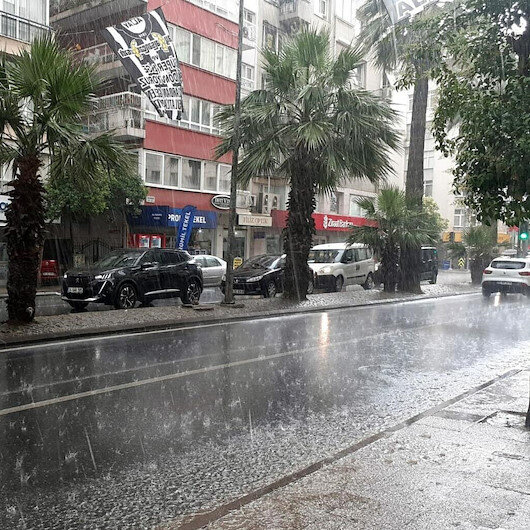 Meteorolojiden İzmir'e sel uyarısı