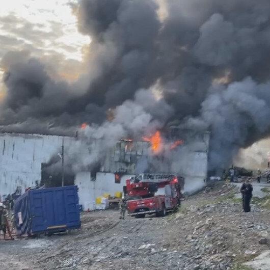 Avcılarda geri dönüşüm tesisinde yangın