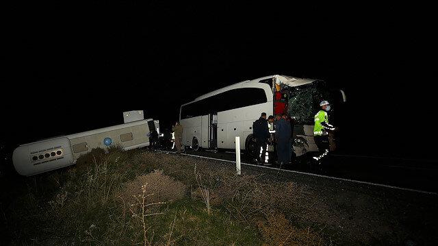 Nevşehir'deki trafik kazasında 39'u öğrenci 44 kişi yaralandı.