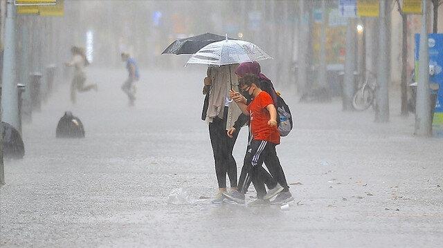 Meteorolojiden İstanbul dahil 47 ile sağanak yağış uyarısı!