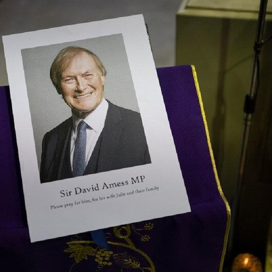 """المشتبه بقتل النائب البريطاني يواجه تهمة """"القتل العمد"""""""