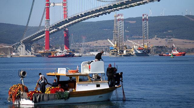 Doğal gaz projesinde kullanılacak dev platform 1915 Çanakkale Köprüsü'nden geçti