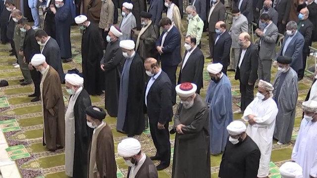 İran'da yaklaşık 2 yıl sonra ilk kez cuma namazı kılındı