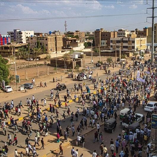 """""""أطباء السودان"""": إصابة 37 متظاهرا في احتجاجات الخميس"""