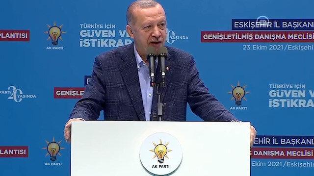 Cumhurbaşkanı Erdoğan'dan memurlara çağrı: Sakın ola oyuna gelmeyin kimse kılınıza dokunamaz