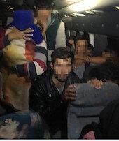 Minibüsten40 göçmen çıktı