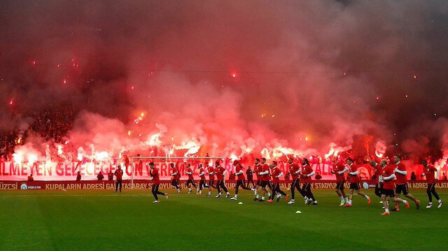 Galatasaray idmanı taraftara açıyor