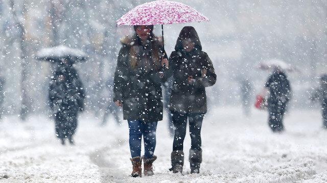 Meteoroloji uyardı: Kuvvetli sağanak ve kar uyarısı