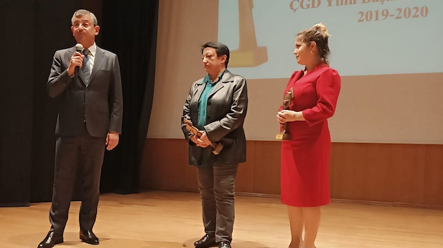 CHP'li Özel ve TTB Başkanı Fincancı'nın katıldığı törende PKK yayın organlarına ödül