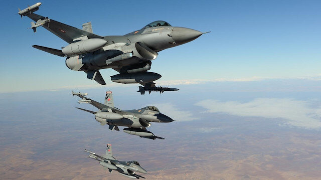 Pençe-Yıldırım operasyonu bölgesinde 3 PKK'lı terörist hava harekatı ile etkisiz hale getirildi