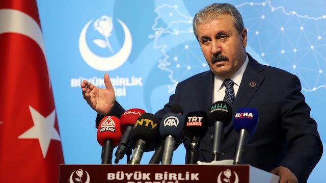 Mustafa Destici: 'Sınır namustur' pankartı asan CHP HDP'nin korkusuyla 'tezkereye evet' diyemedi