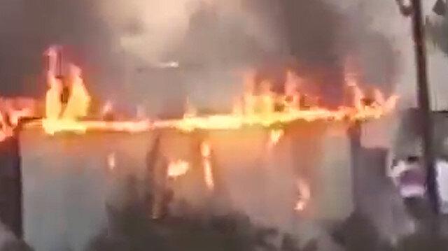 Hindistan'da Hindu gruplardan vahşet: Camileri ateşe veriyorlar