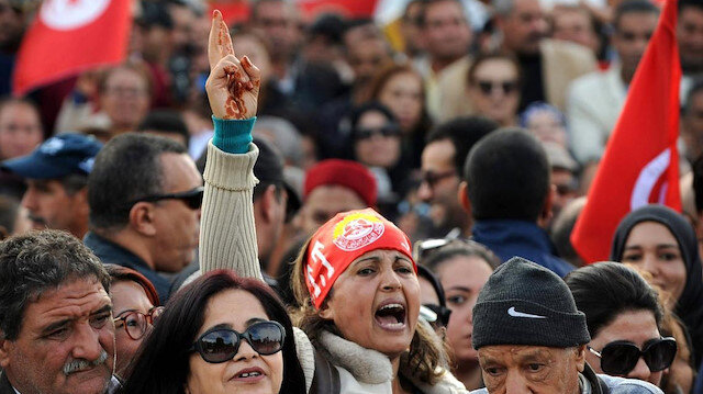 Tunus'ta özel sektör çalışanlarından grev: Hükümeti sorumluluk almaya davet ediyoruz