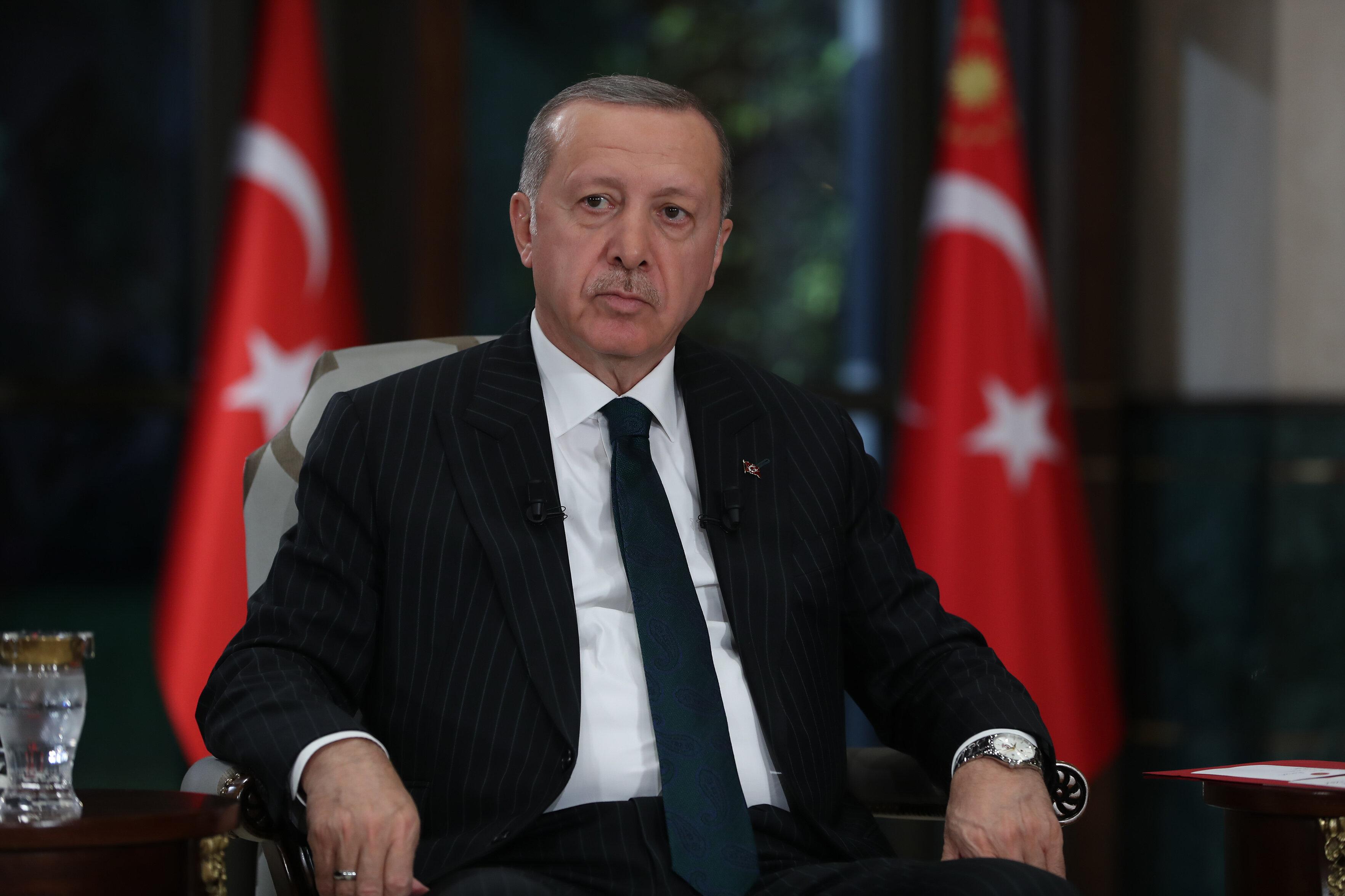 Эрдоган пригрозил выслать из Турции послов стран ЕС, США и Канады