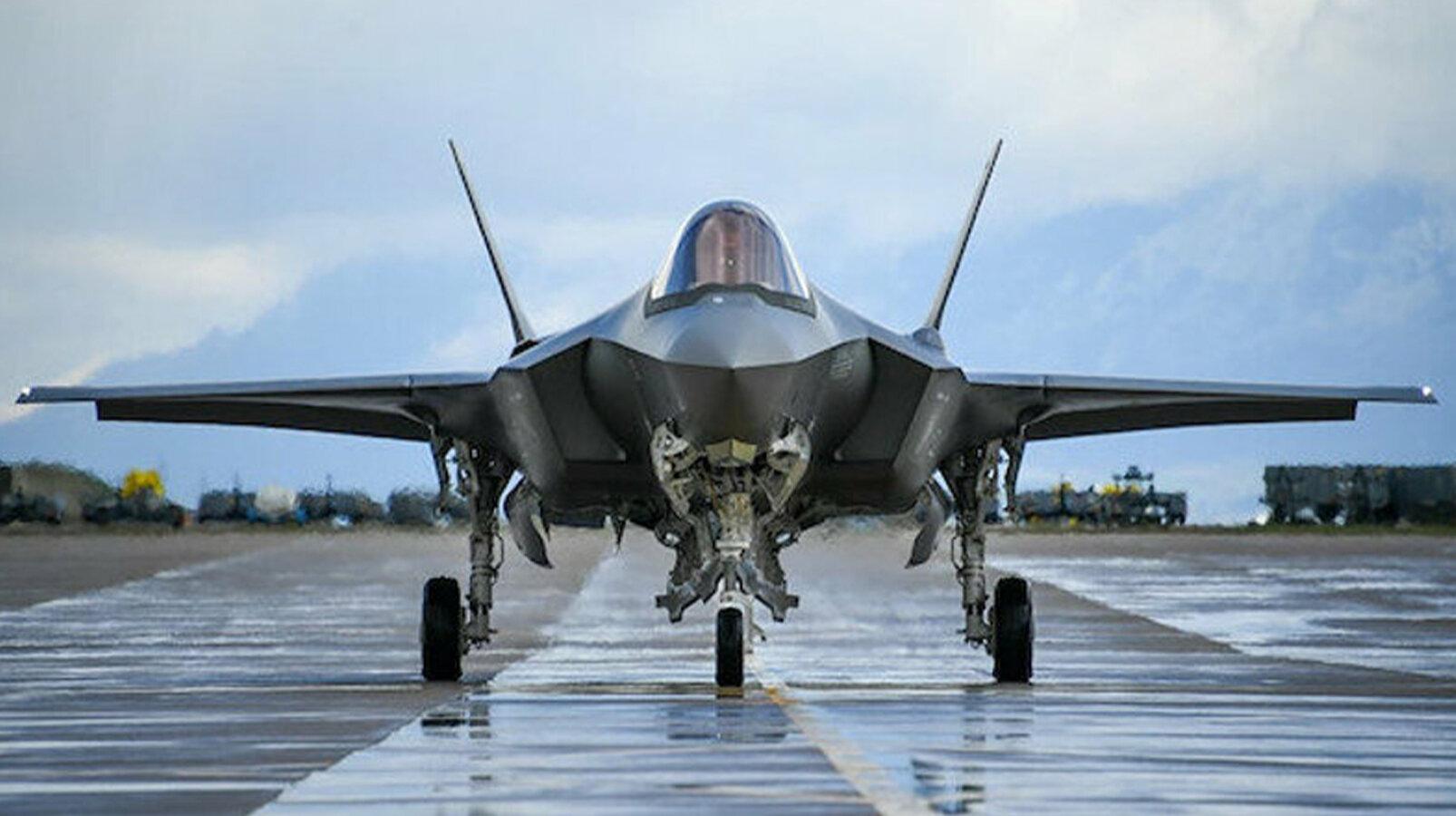 Türk Hava Kuvvetleri için üretilen 8 adet F-35A savaş uçağı, sözleşme ile Amerikan  Hava Kuvvetleri'ne devredildi