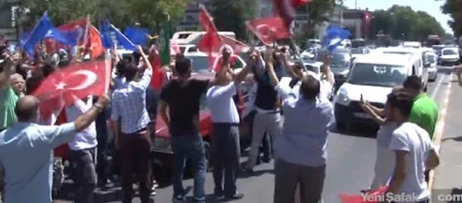 Vatan Caddesi'nde demokrasi nöbetleri