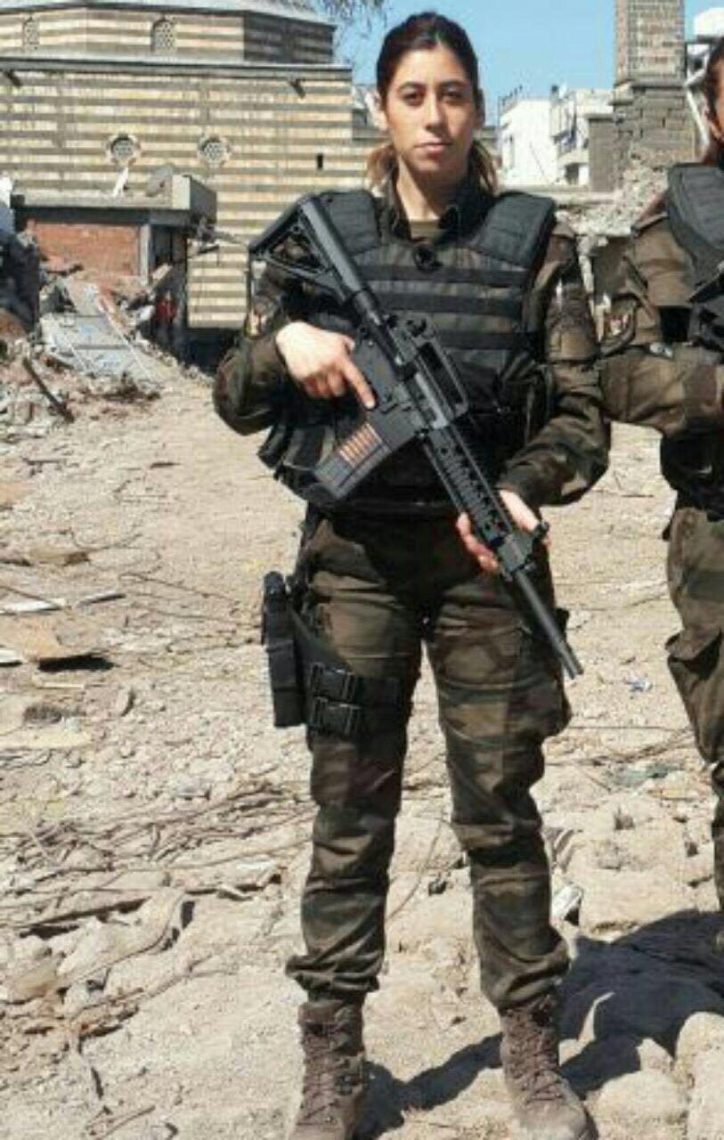 Türkiye'nin farklı kentlerinde devam eden FETÖ davalarını takip ettiklerini ifade eden Yiğit, Özel Harekat Merkezinin bombalanmasıyla ilgili davanın da yakından takipçisi olacaklarını vurguladı.