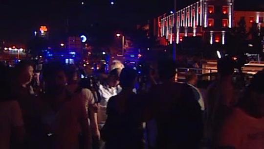 Tanks crushed the people of Ankara