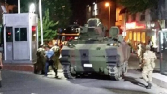 Tanks overran police stations with tanks