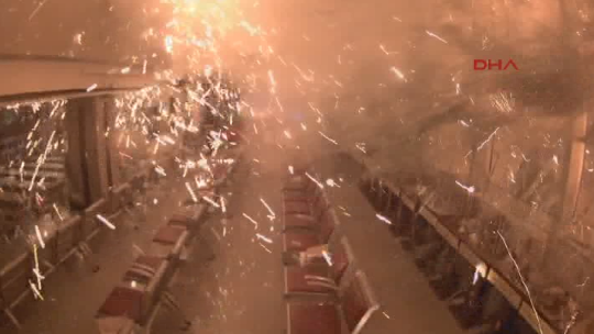 Meclis ikinci kez bombalandı
