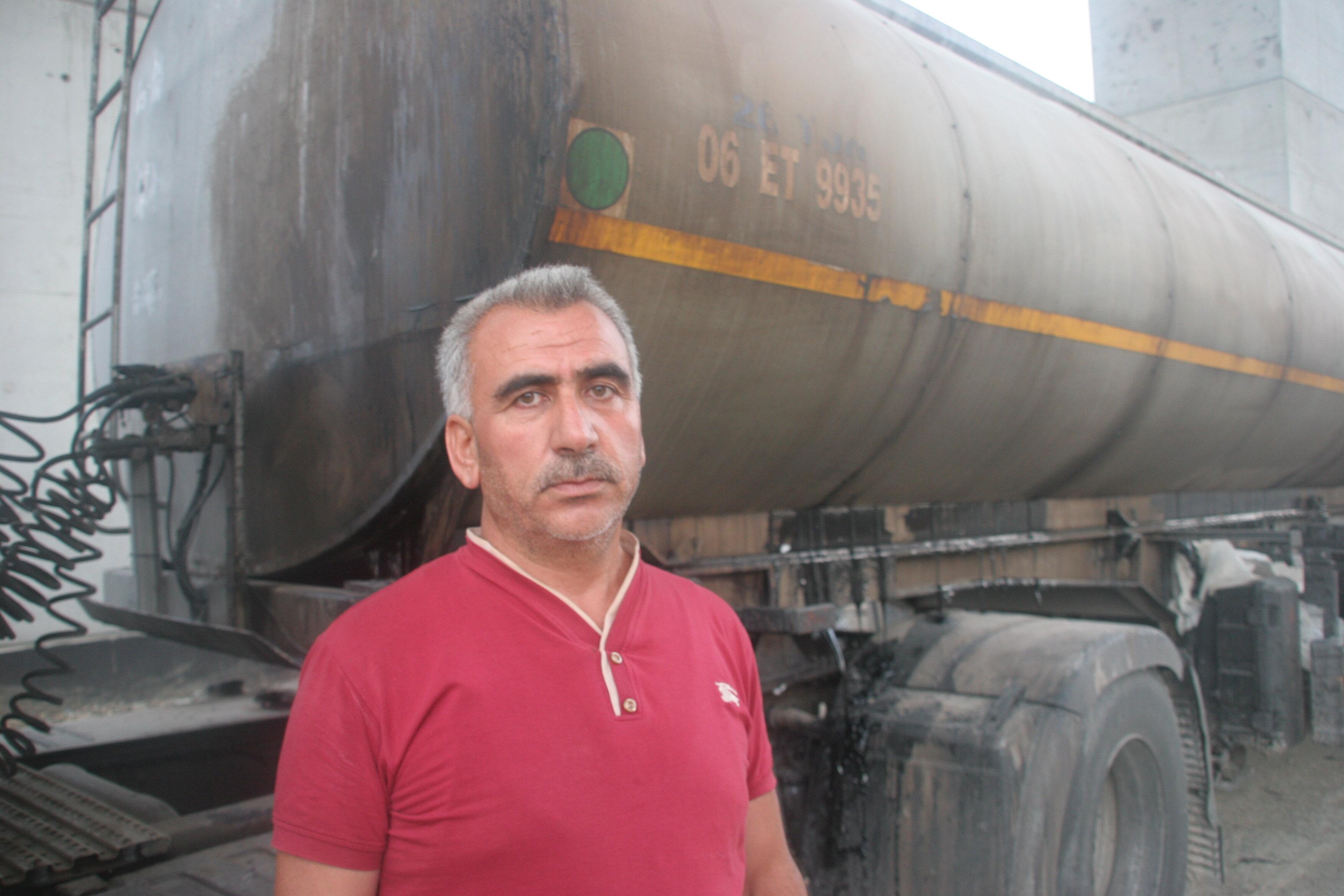 Tanker şoförü Mevlüt Kandemir 15 temmuz gecesi Sabiha Gökçen Havalimanı'nı ele geçirmek isteyen darbeci askerlere destek için Yalova'dan İstanbul'a getirilen Hava Harp Okulu öğrencilerini taşıyan otobüslerin geçişine engel oldu.