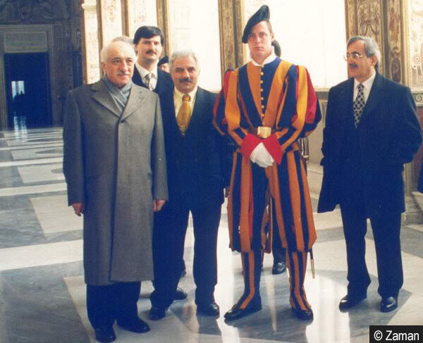 There was an executive protocol for welcoming Gülen on his Vatican visit.