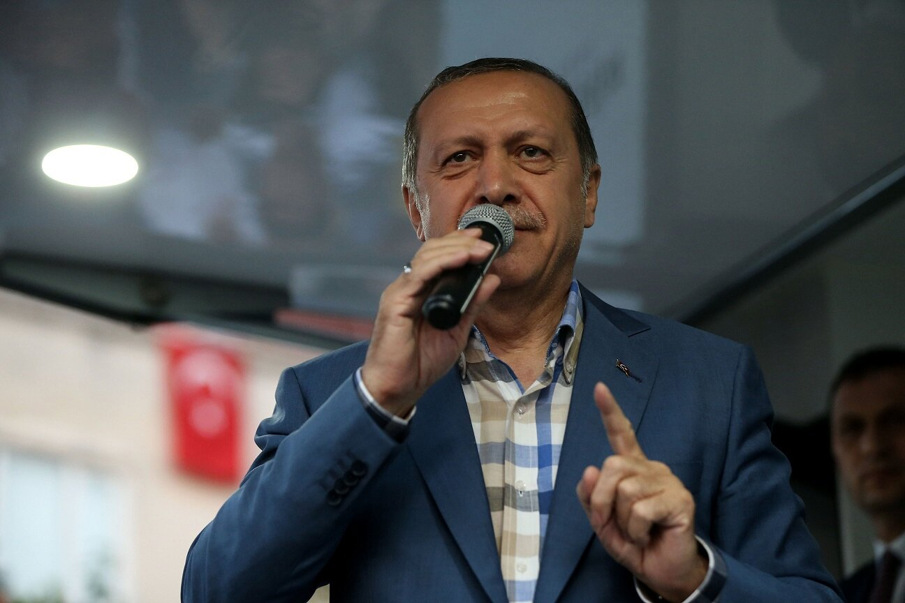 """Asserting that Turkey fears no """"parallel state structure"""", President Erdoğan said: """"Now, I want to address the U.S. I'm addressing the president of the U.S. Mr. President, I previously asked for the repatriation of the person living on 400-decare of land in Pennsylvania. I informed you that they were planning a coup, but I couldn't make you heed my warning. Today I am repeating my call after this coup attempt: Repatriate the person in Pennsylvania to Turkey!"""""""