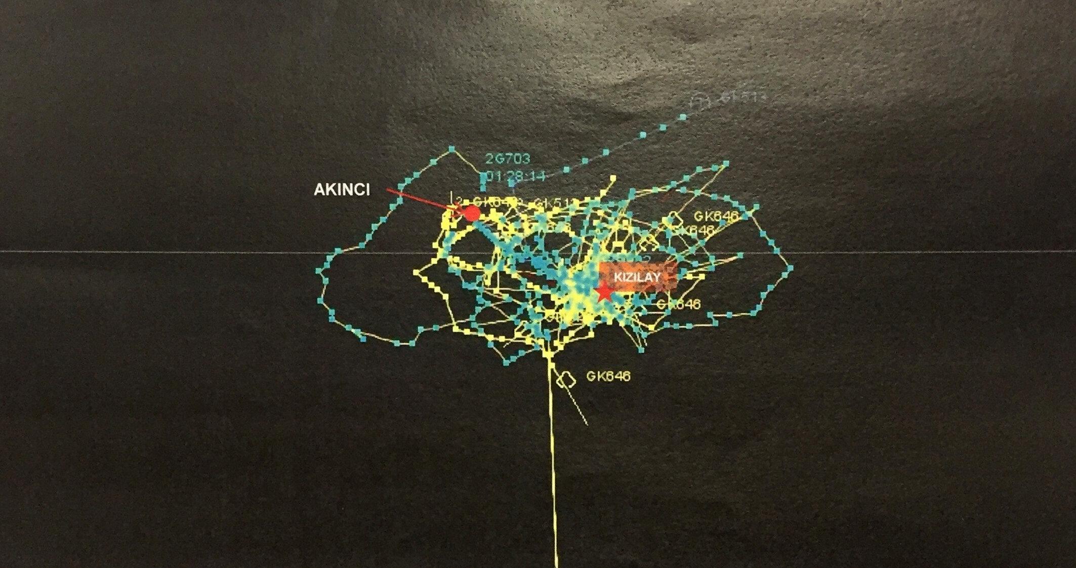 Radar izlerine göre, darbe girişimi gecesi Ankara semalarında savaş uçaklarının yoğun hava hareketliliği gözlemlendi.