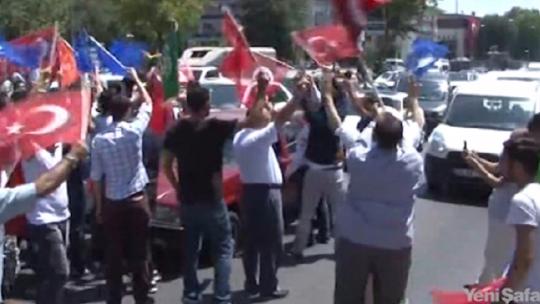 Democracy watches on Vatan Avenue