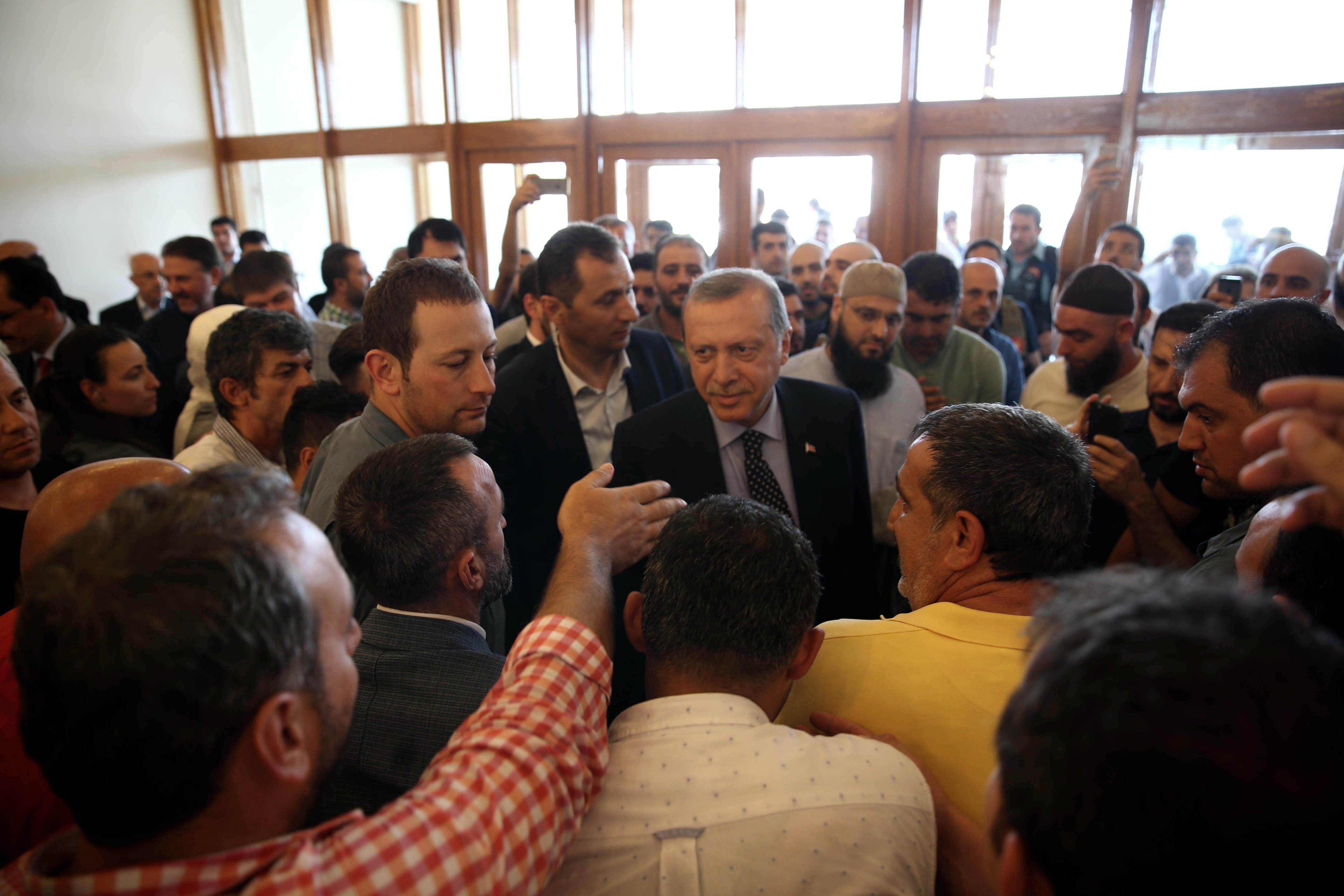 Cumhurbaşkanı Erdoğan, Atatürk Havalimanı'nda ikinci açıklamasını yaptı.