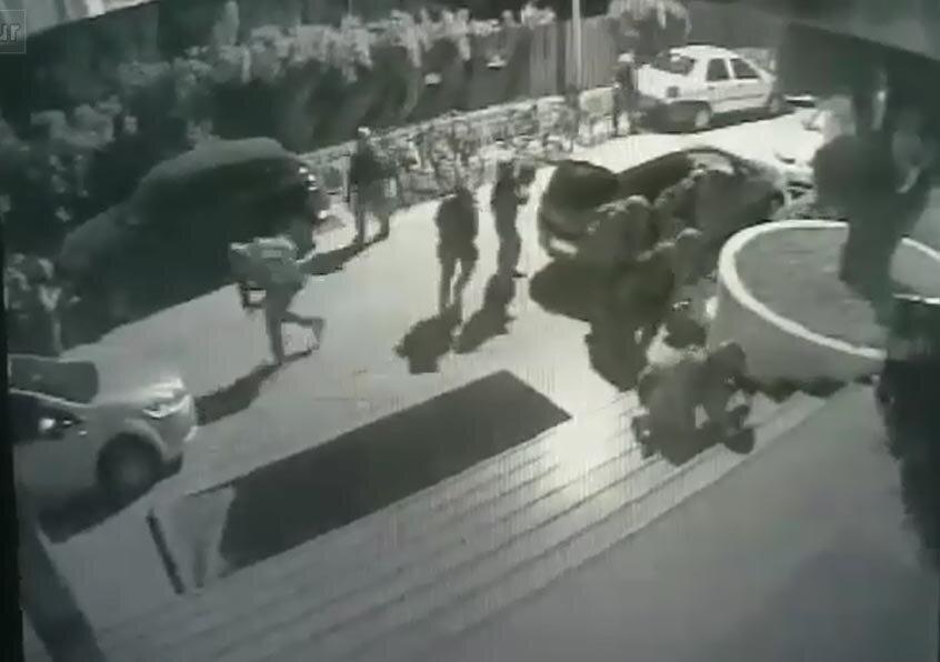 Cumhurbaşkanı'nın kaldığı yere saldırı için sahilde buluşan suikast timi oteli abluka altına aldı.
