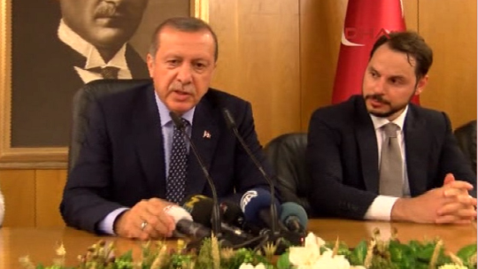 Erdoğan delivered a press conference at the airport