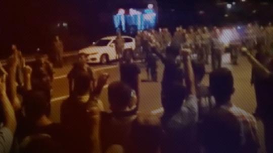 Столкновение между студентами военного училища и отрядами полиции