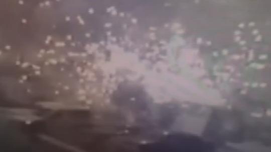 Darbeciler doğalgaz istasyonunu bombaladı